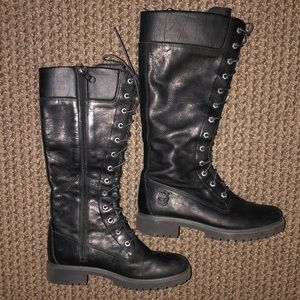 Woman's Timberland Tall Zip-Up Boots Size 8